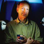 portrait de Paul Petzl l'un des leaders mondiaux du matériel de montagne